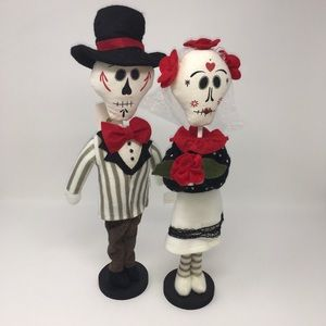 NEW MR.&MRS. DOTD or Halloween Decor